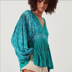 Spell & the Gypsy Emerald Smock Blouse NWT